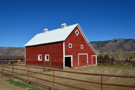 Cozy Point Barn